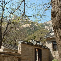 Temple in Laoshan